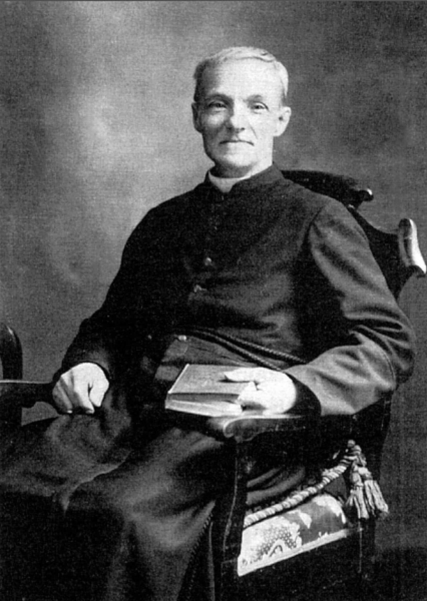 En 1909, le frère André est relevé de sa fonction de portier et se consacre à ses œuvres. <br />