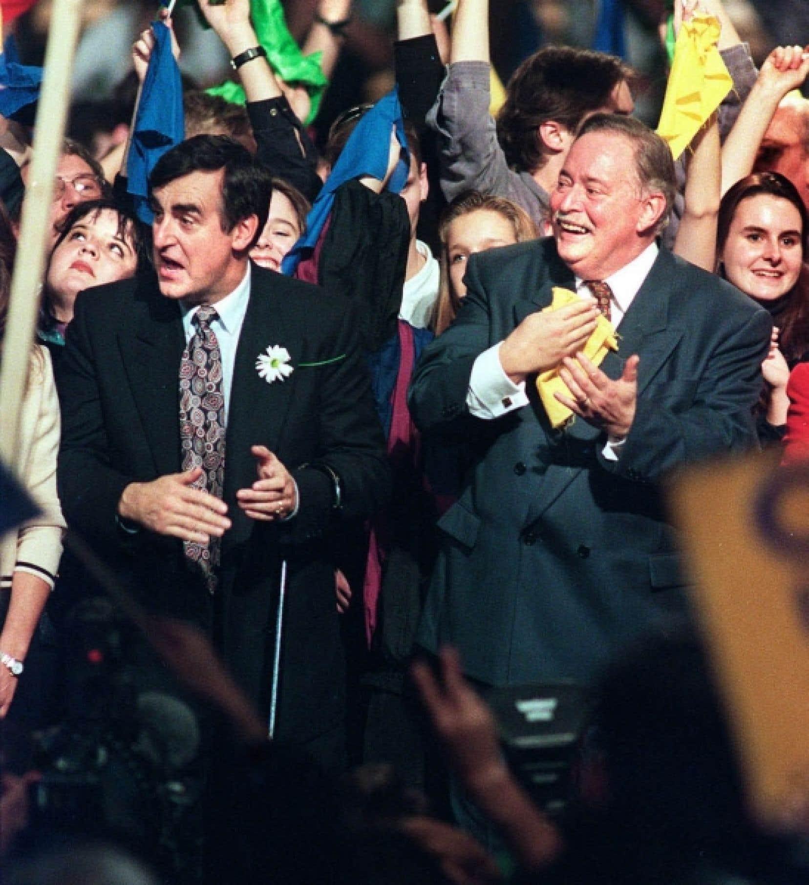 Lucien Bouchard et Jacques Parizeau, après la défaite, prédisaient un autre référendum, gagnant cette fois, après peu de temps.<br />