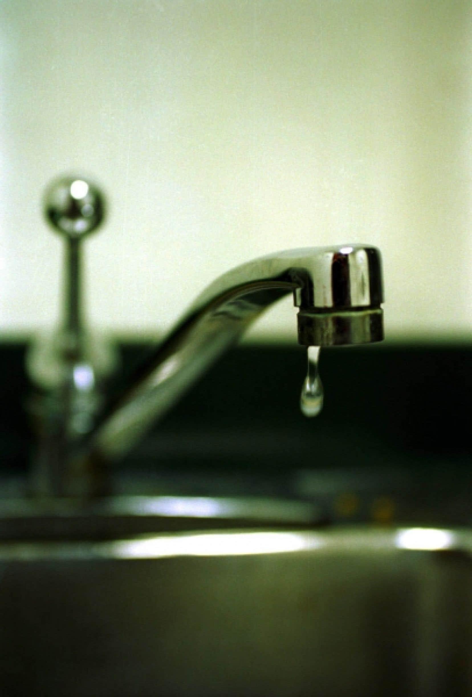 Le but est de s'assurer que les eaux brutes ne posent aucun risque, même lors de défaillances des équipements de traitement.<br />