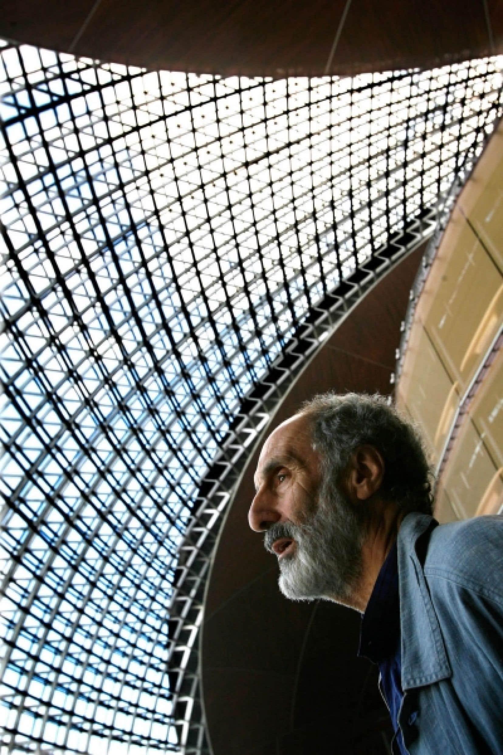 Le &laquo;starchitecte&raquo; fran&ccedil;ais a r&eacute;alis&eacute; l&rsquo;Op&eacute;ra de P&eacute;kin, un gigantesque nid de titane pos&eacute; sur un lac en plein centre de la ville.<br />