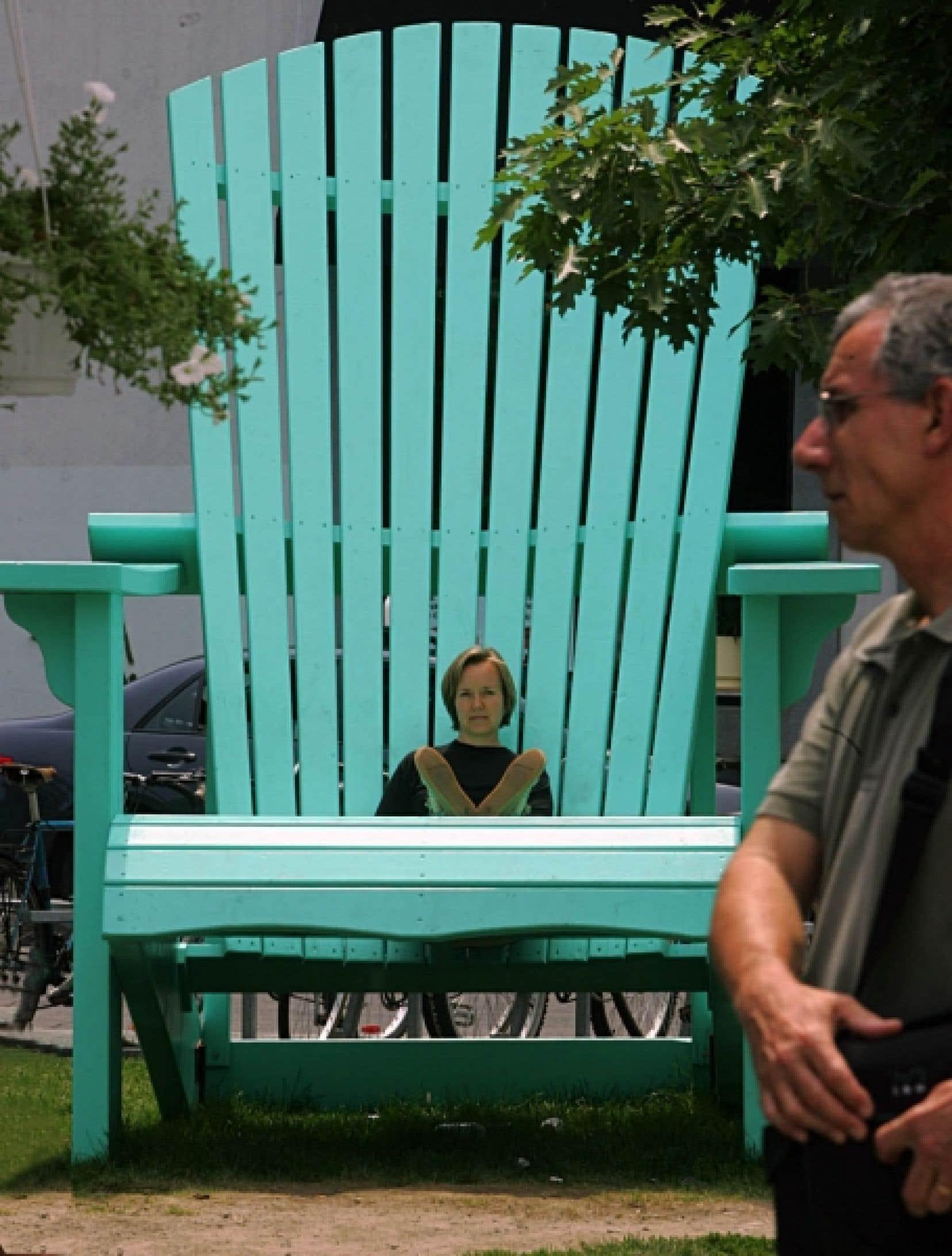 En matière d'art public éphémère, l'œuvre de NIPpaysage, intitulée Pause, a été désignée choix du jury lors de l'événement Paysages éphémères en 2005, aux abords du métro Mont-Royal.