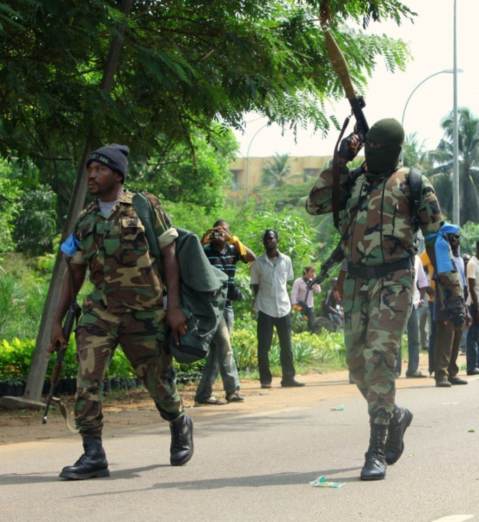Les affrontements entre partisans des deux présidents peuvent survenir à tout moment à Abidjan.<br />