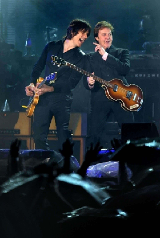 Plus de 100 000 personnes ont assisté au concert de Paul McCartney à Kiev le 15 juin dernier, malgré une pluie torrentielle. On en attend jusqu'à 250 000 à Québec.