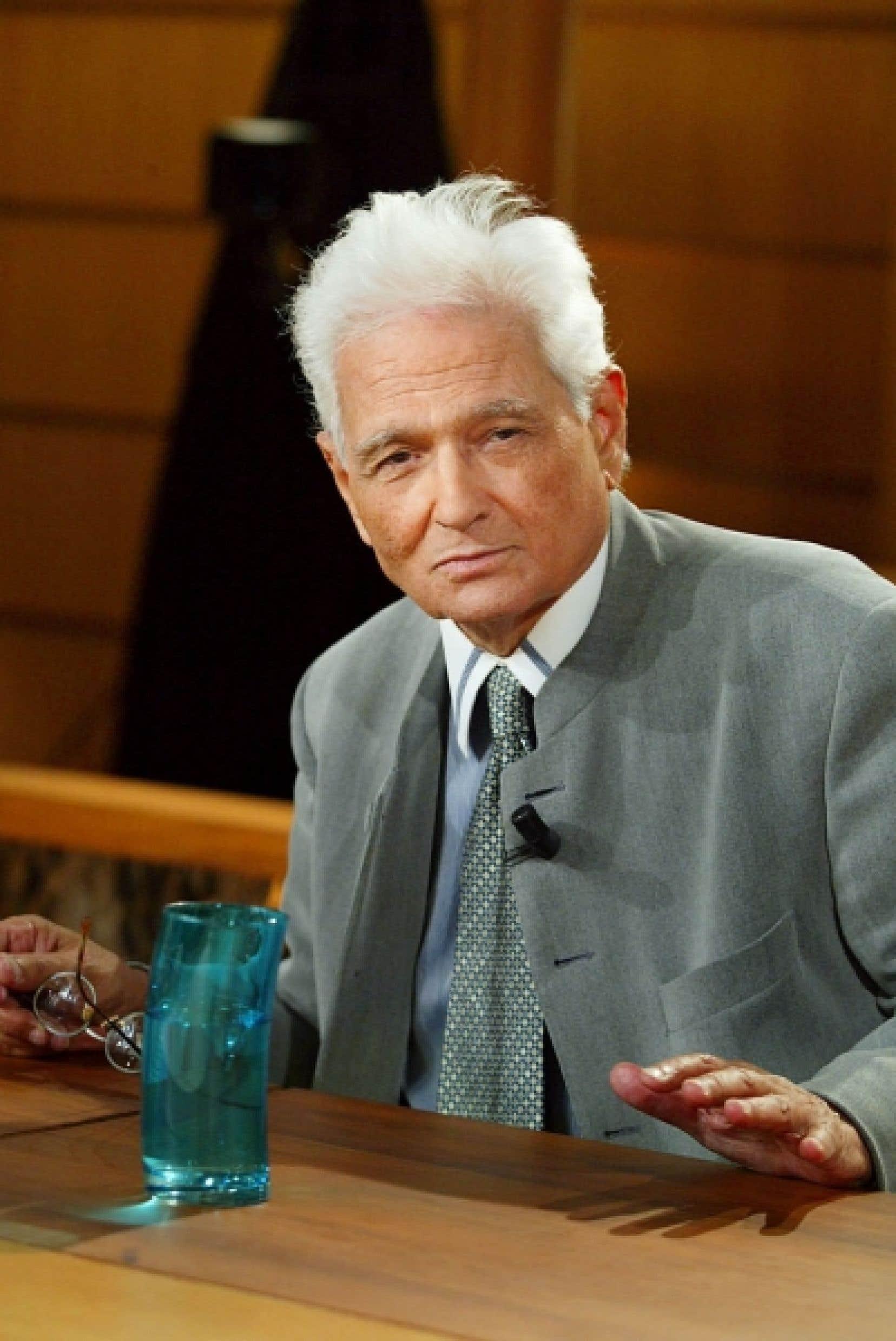 Le philosophe français Jacques Derrida (1930-2004)