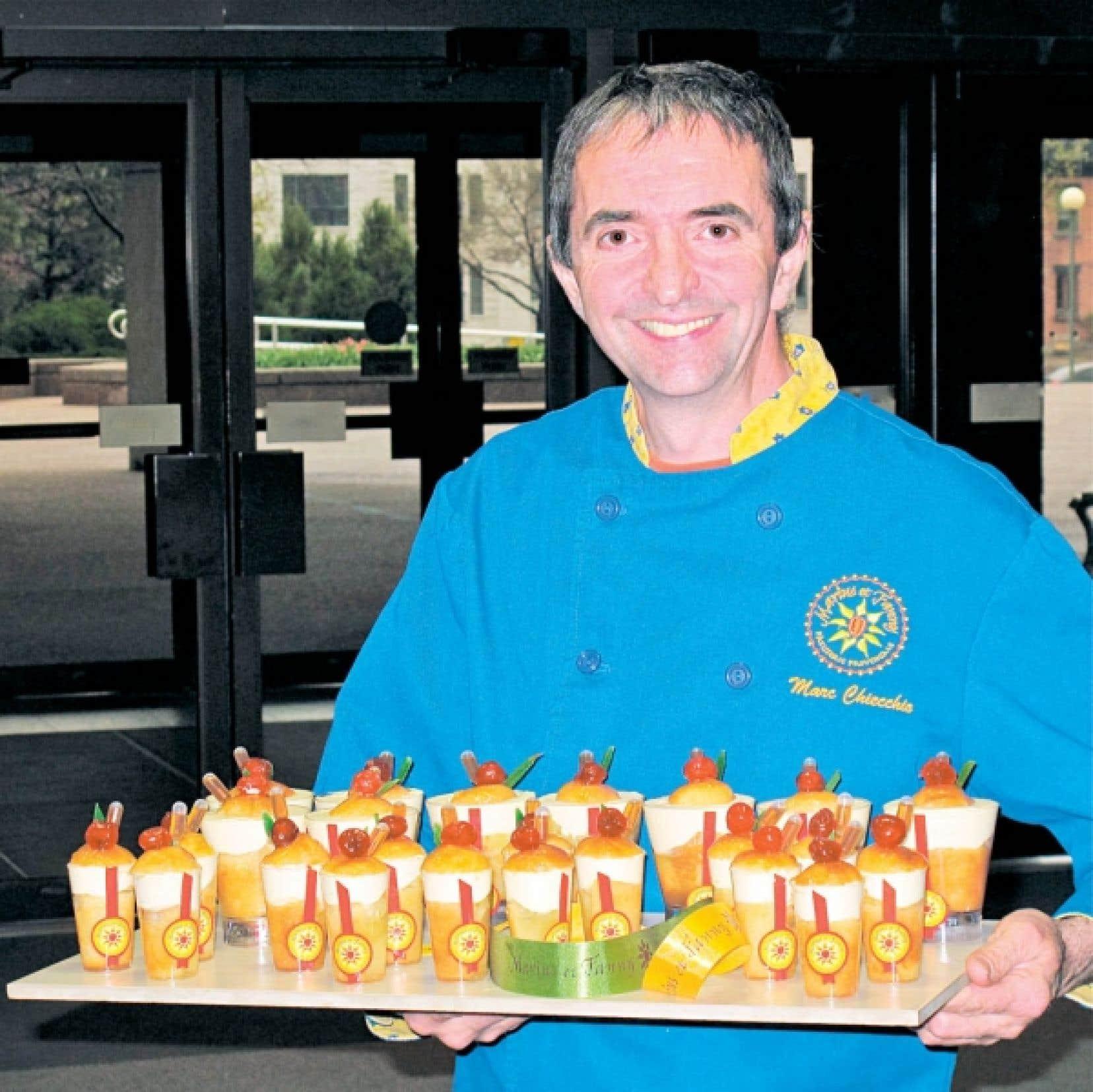 Marc Chiecchio est l'un de ces chefs qui contribuent à faire revivre de regrettables oubliées parmi les pâtisseries françaises. Le pâtissier déploie son immense talent dans ses boutiques de la région montréalaise.