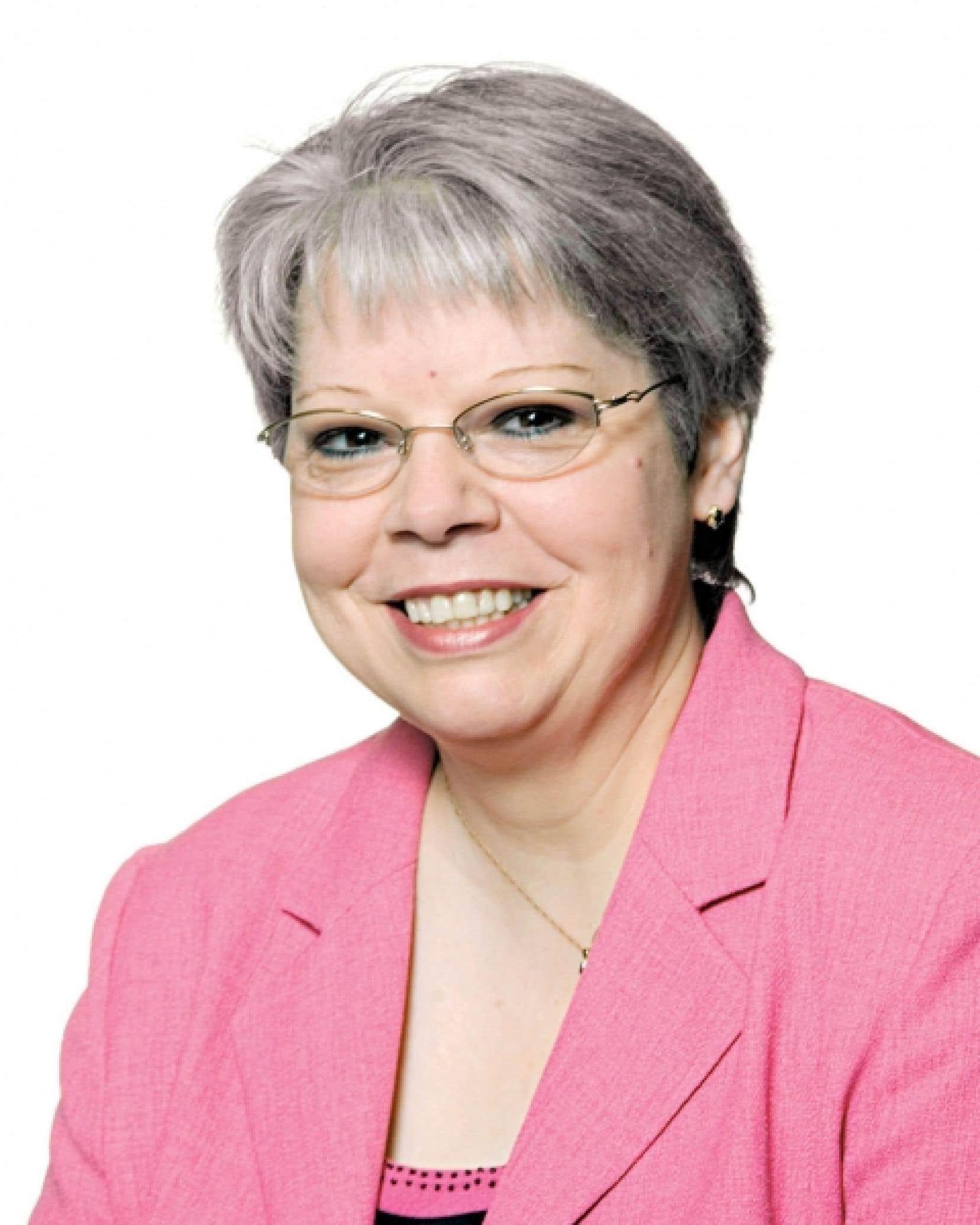 Lyne Bouchard, pr&eacute;sidente du conseil d&rsquo;admi-nistration du R&eacute;seau Action TI<br />