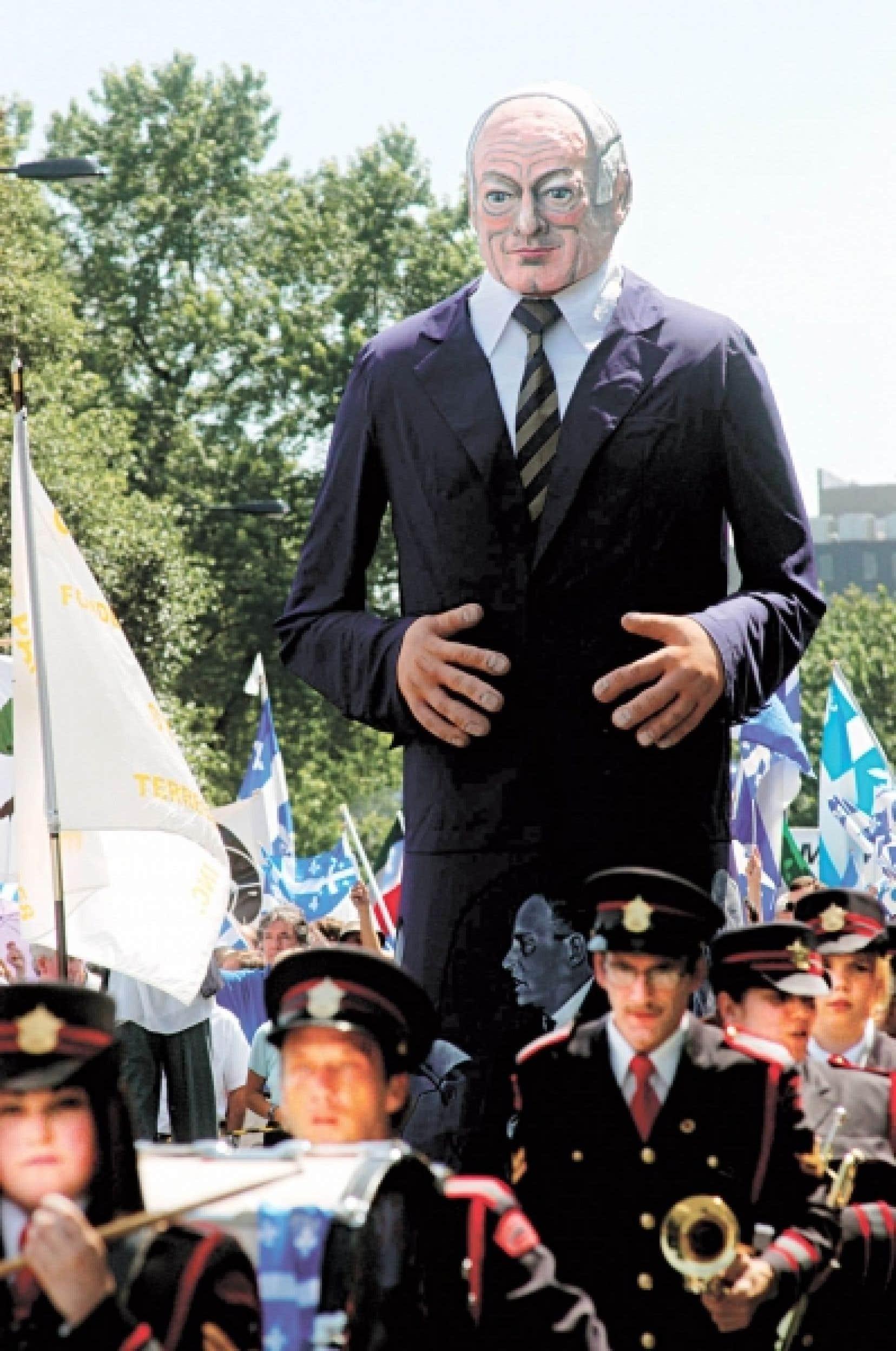 En 2007, le Comité de la Fête nationale intègre les Géants à son traditionnel défilé, soulignant ainsi l'apport de personnages tel René Lévesque à la culture et l'histoire québécoises.<br />