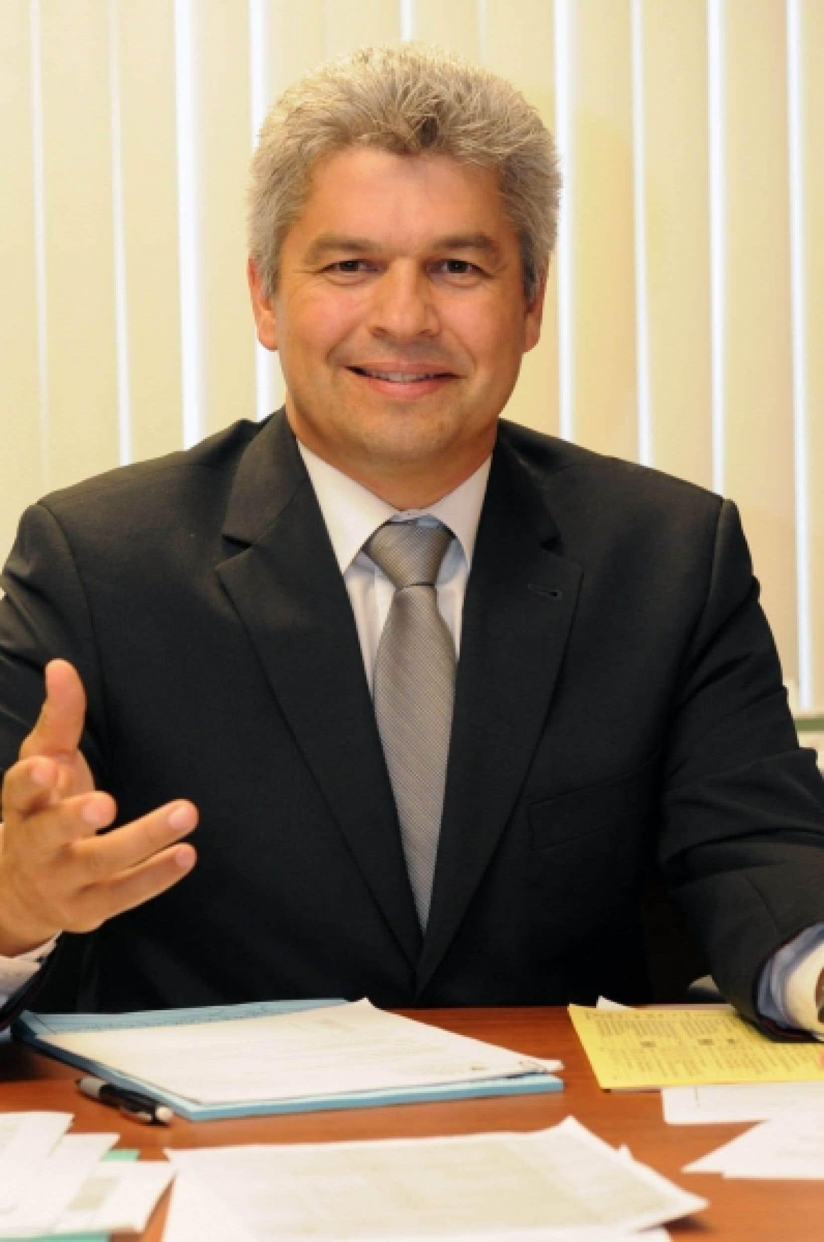 Sylvain Benoît, directeur du Bureau des relations internationales de l'UQTR<br />