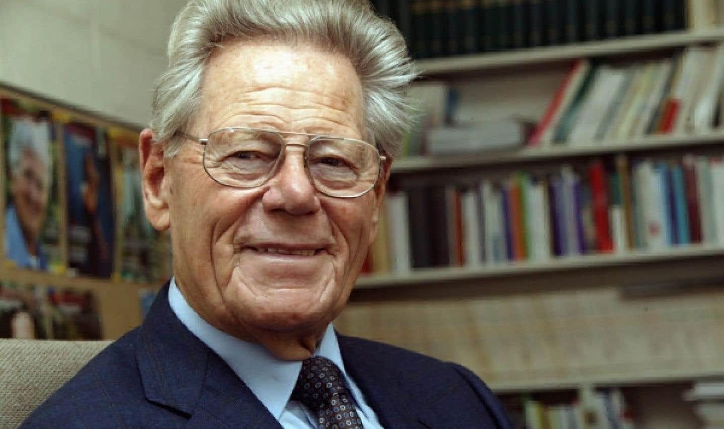 Hans Küng est un géant de l'Église catholique et l'un des plus grands théologiens du temps présent, selon Yvon Métras, directeur de l'édition pour le livre français chez Novalis.