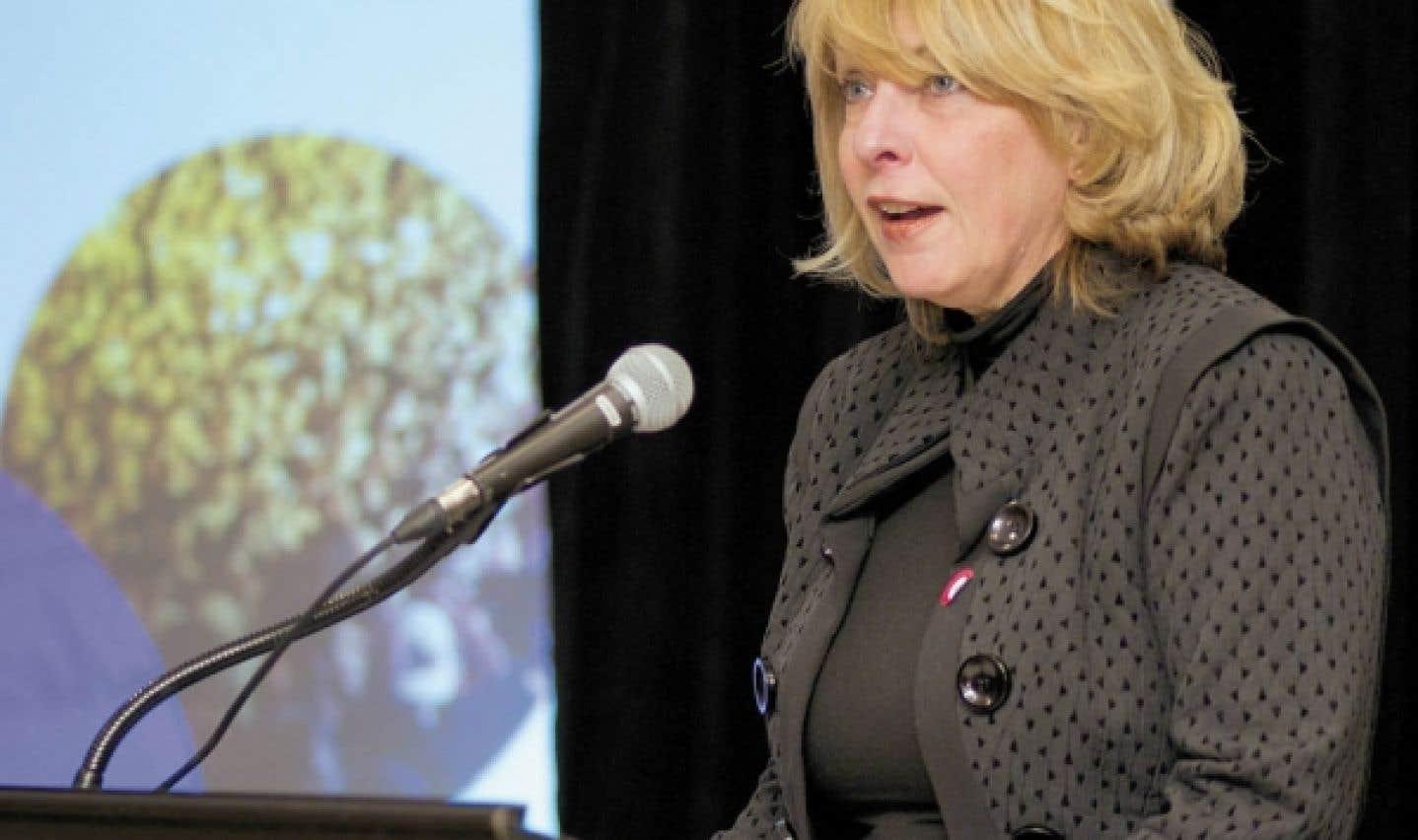 D'après la ministre Christine St-Pierre, Montréal doit également s'assurer que la vision qui est mise de l'avant depuis 2007 survive aux changements de garde politiques et administratifs.