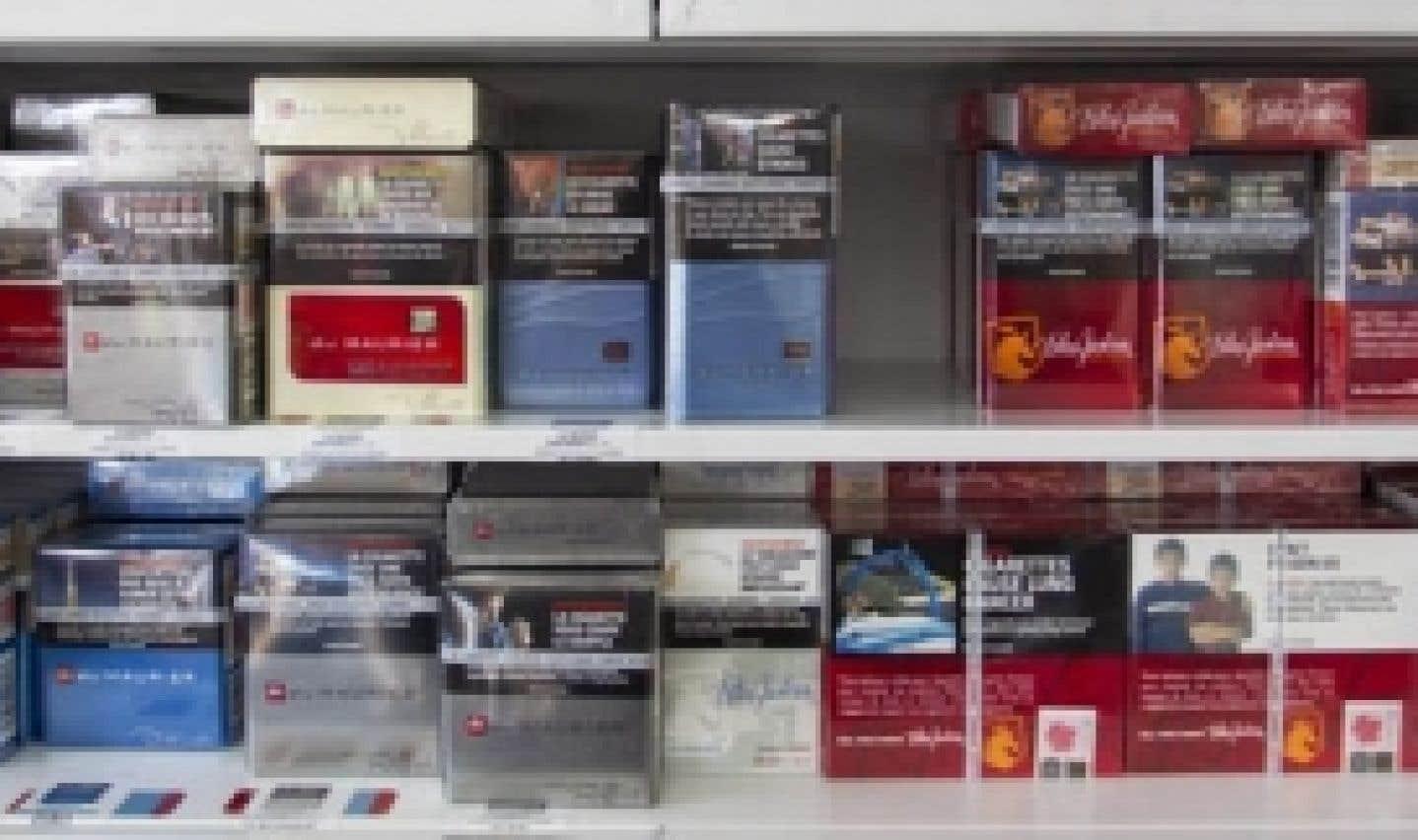 Québec collectif tabac Les deux