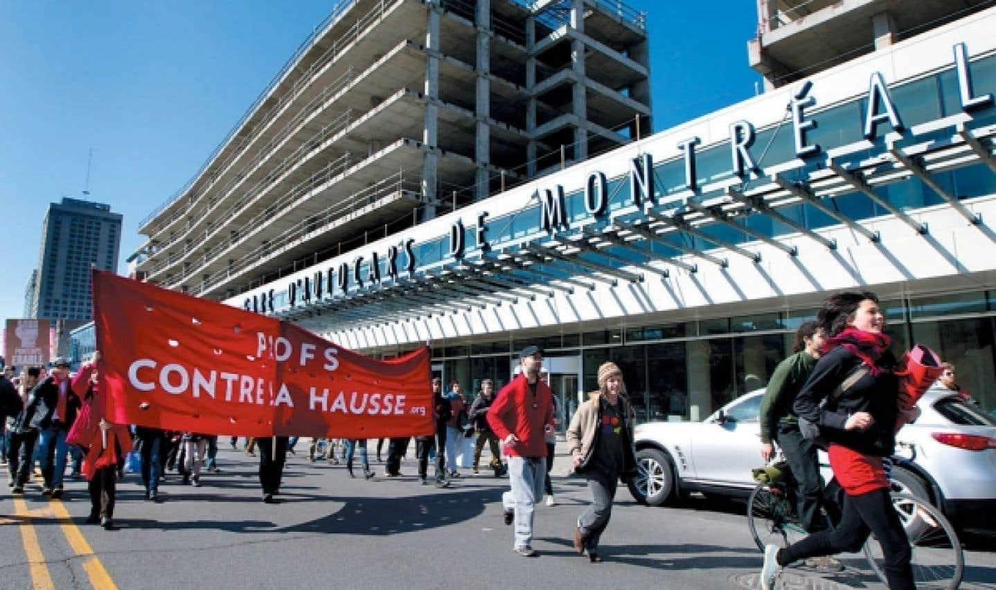 Les grévistes québécois suscitent l'intérêt à l'échelle mondiale