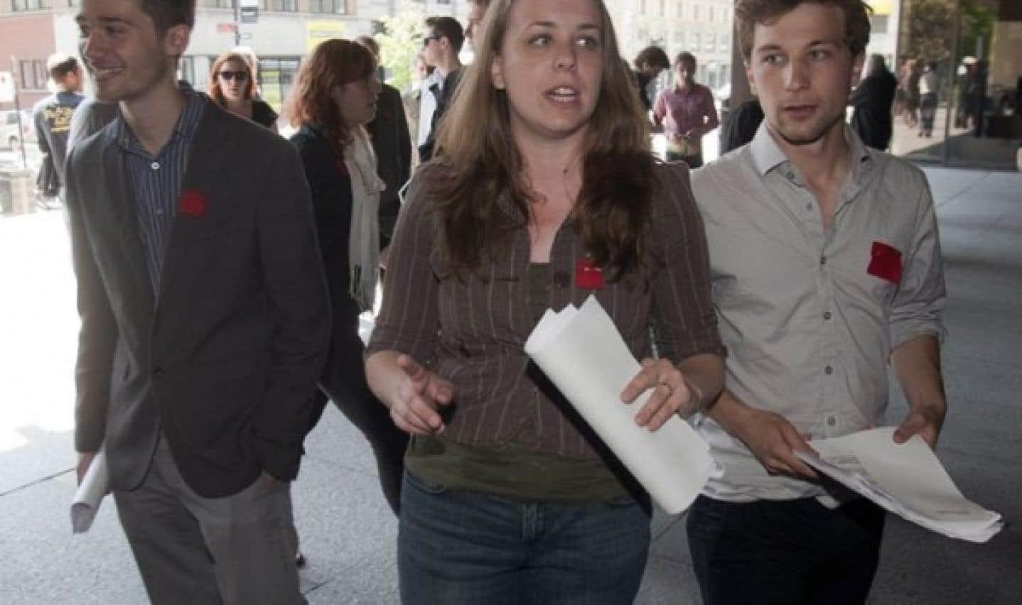 Les étudiants et d'autres groupes contestent la Loi 78 devant les tribunaux