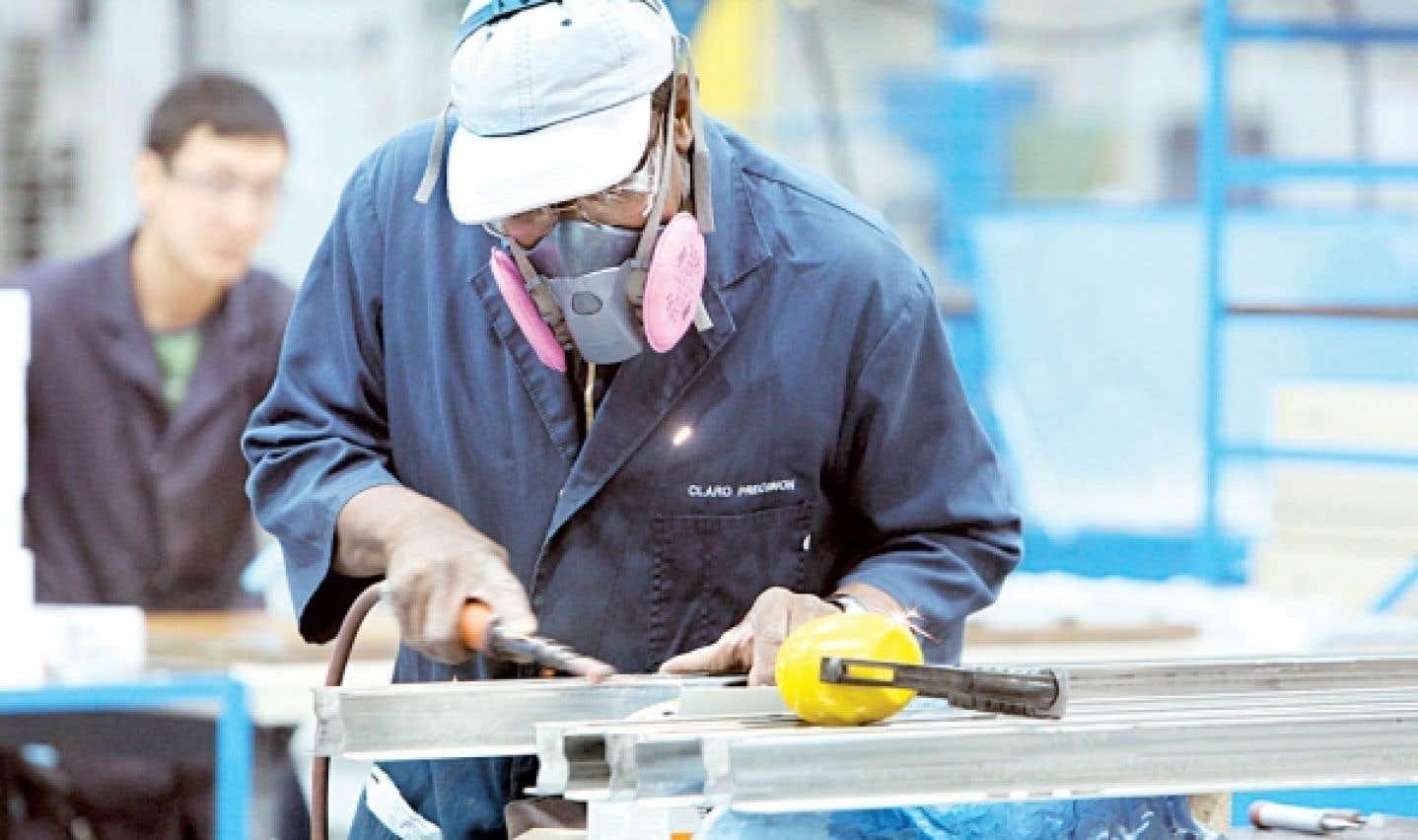 Peu importe le secteur dans lequel elles œuvrent, les entreprises québécoises peuvent faire appel au programme AERE pour relancer leurs activités par le biais de la formation de leurs employés.