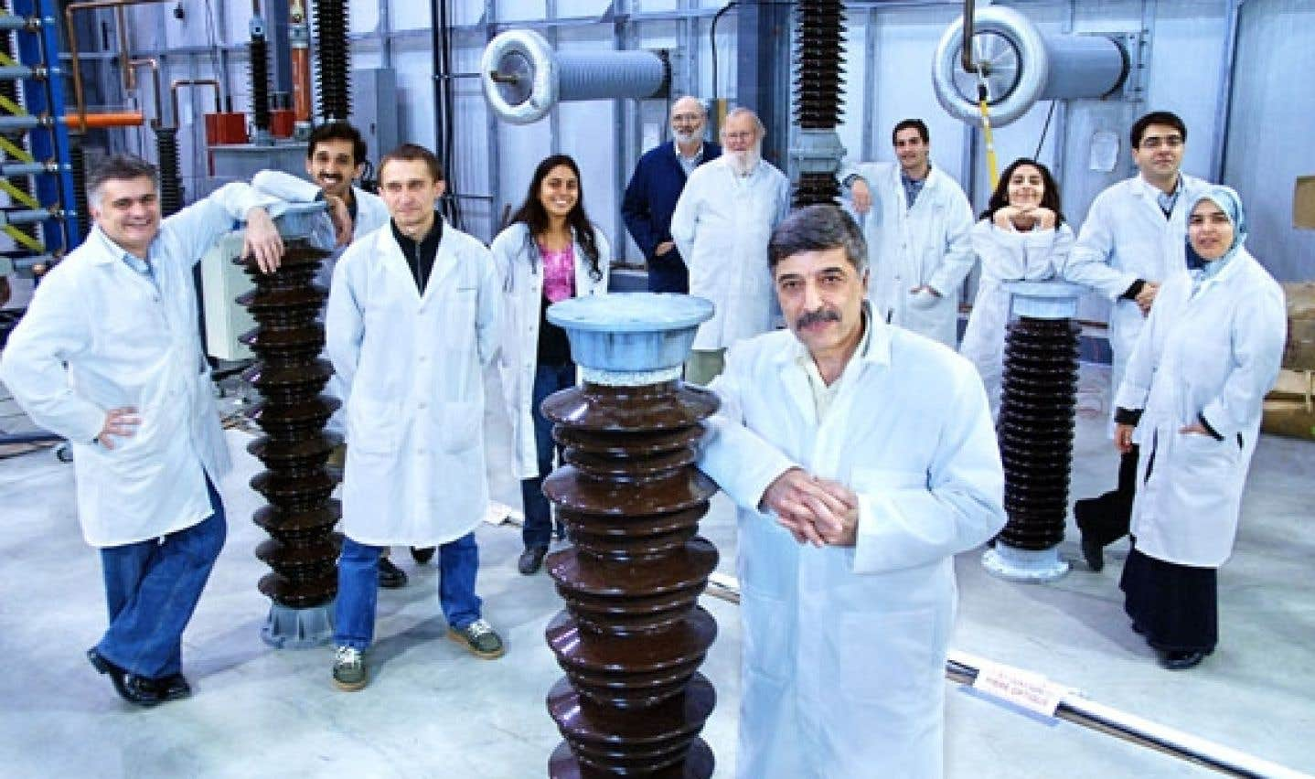 Masoud Farzaneh et son équipe de recherche