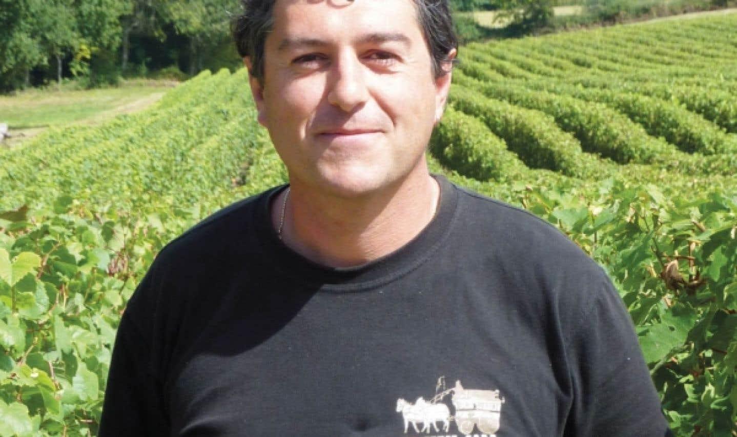 Olivier Yobrégat appelle affectueusement «notre vigne» cet ensemble de ceps de la famillePédebernade.