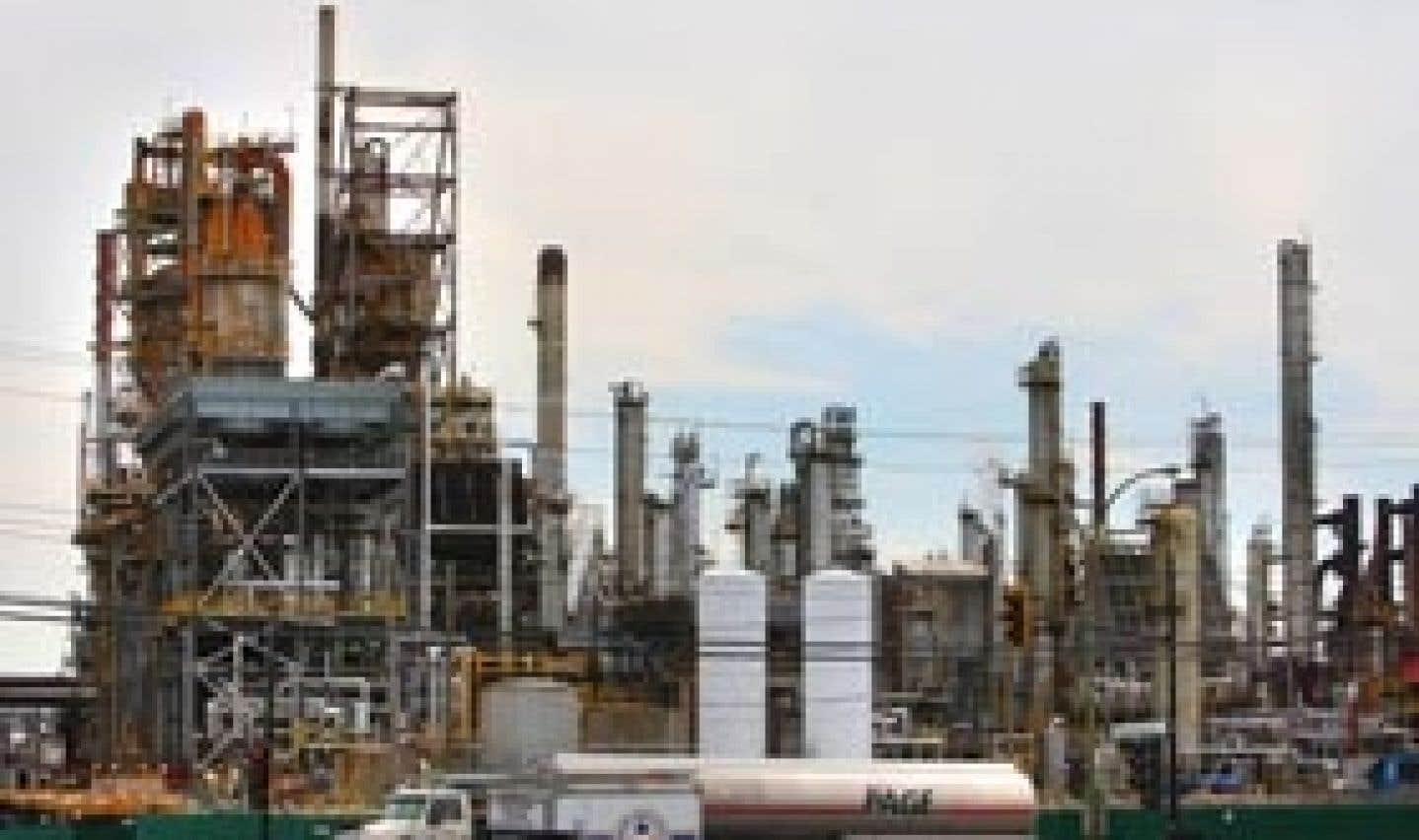 Shell met en vente sa raffinerie de Montréal-Est