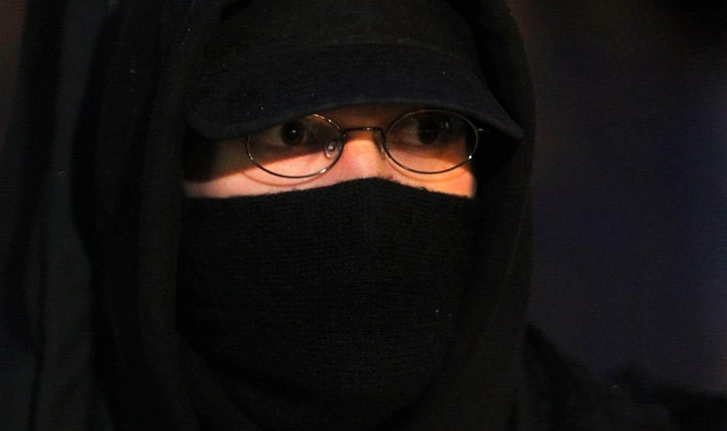 Le port du niqab permis dans certaines situations devant les tribunaux
