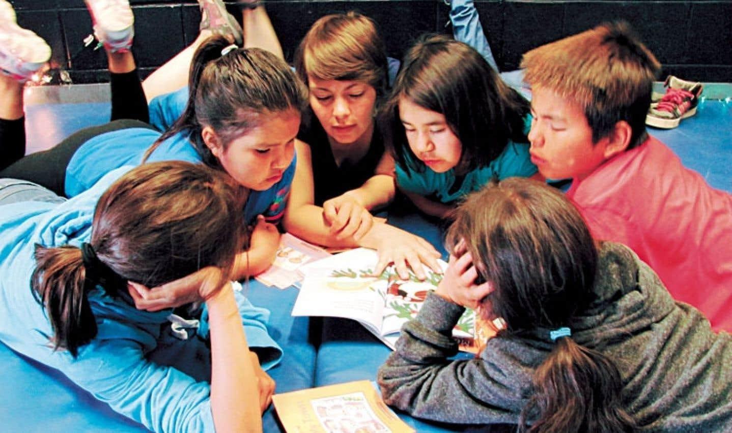 La participation à un camp de littératie donne souvent le goût de la lecture aux enfants, en plus d'augmenter leur estime de soi.