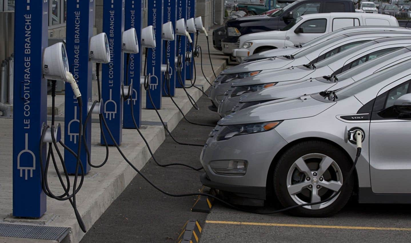 L'électrification des transports est une des priorités du gouvernement Marois, ce que déplore le chercheur Paul Lewis.