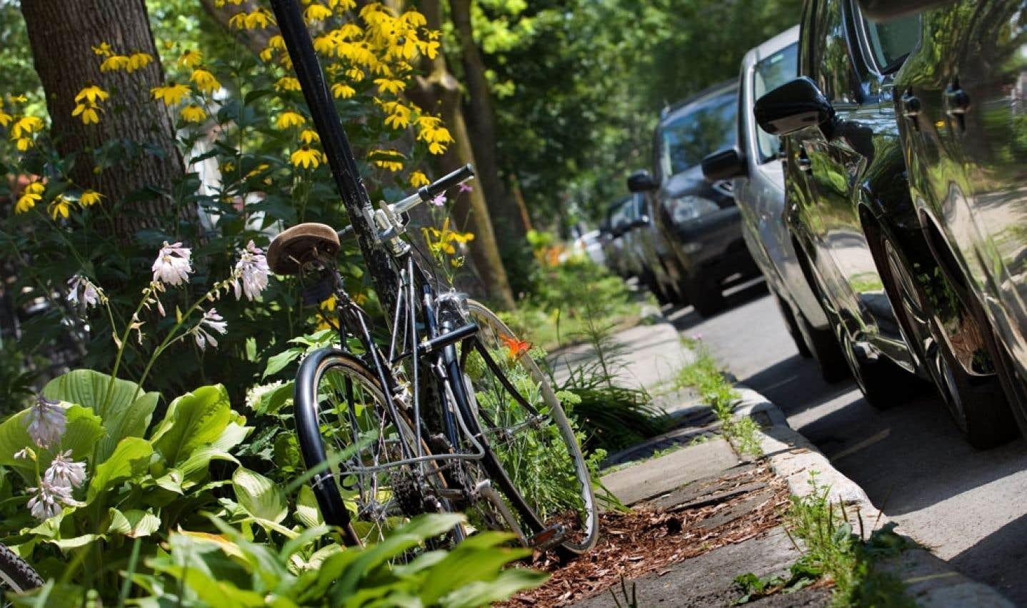 L'automobile fait partie du «cocktail» des moyens de déplacement dans l'arrondissement de Rosemont-La Petite-Patrie, selon le maire François Croteau.
