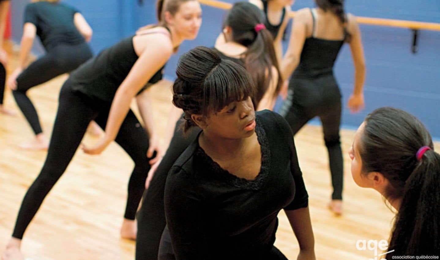 La danse est un langage universel qui permet aux élèves, peu importe leur culture, d'acquérir de l'estime de soi.
