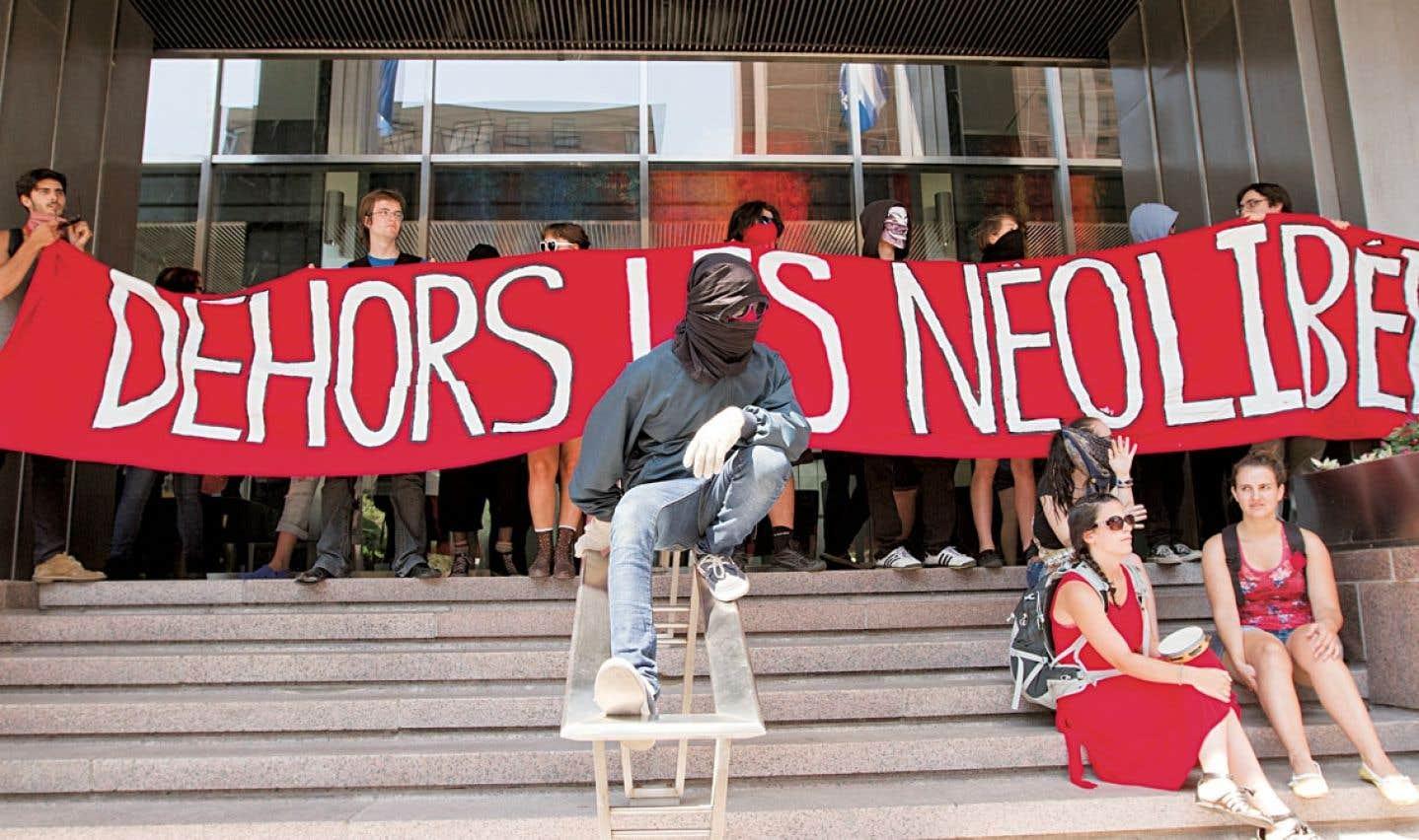 Une manifestation contre la hausse des droits de scolarité en août 2012, à Montréal.