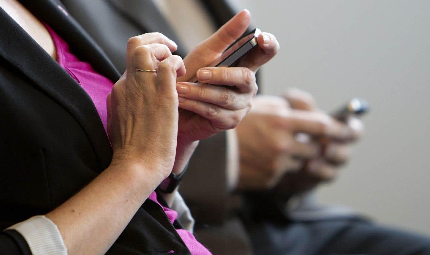 Sondage: près de huit heures de temps libre chaque jour devant un écran