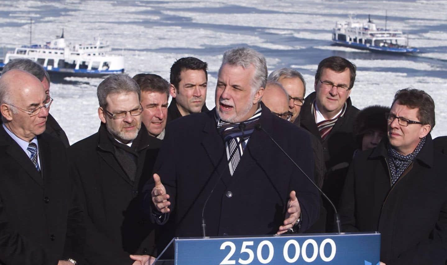 Couillard veut l'appui d'Ottawa pour  une stratégie maritime