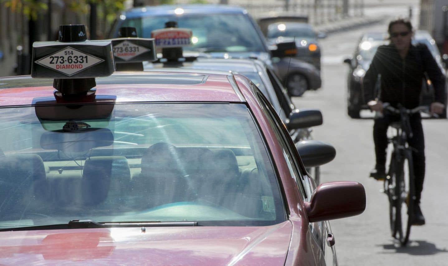 L'industrie du taxi cherche à s'ajuster à l'arrivée d'UberX