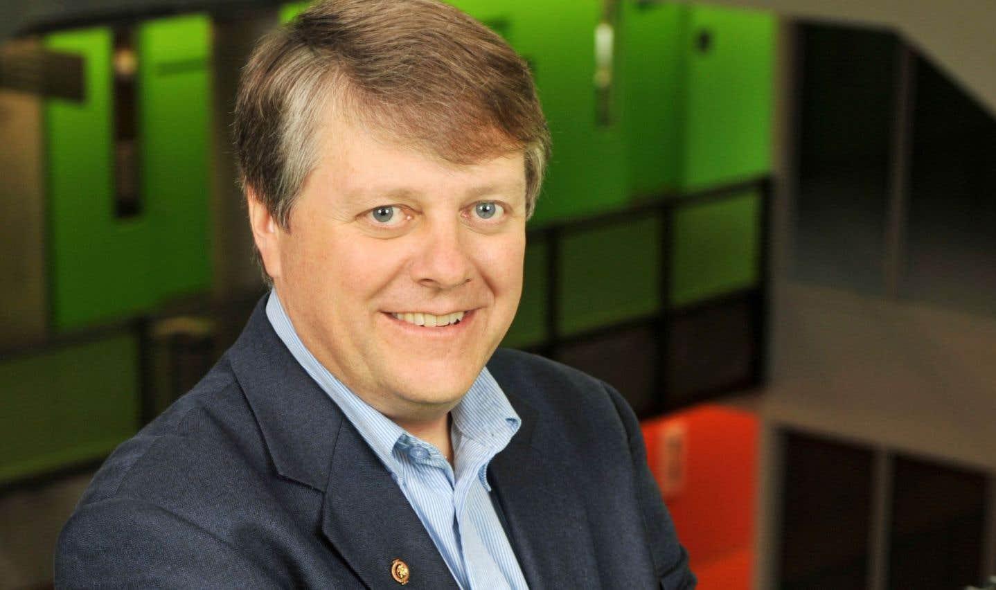Jean Dansereau, directeur adjoint, affaires académiques et internationales, et directeur des études supérieures à l'École polytechnique de Montréal