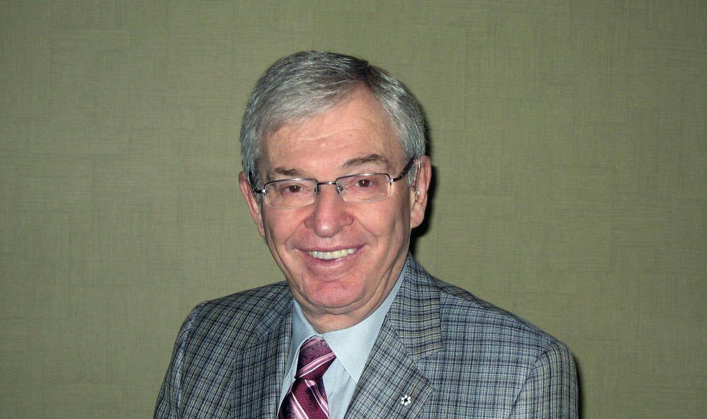 Le président du conseil d'administration et chef de la direc- tion de Vêtements Peerless Inc., Alvin Cramer Segal