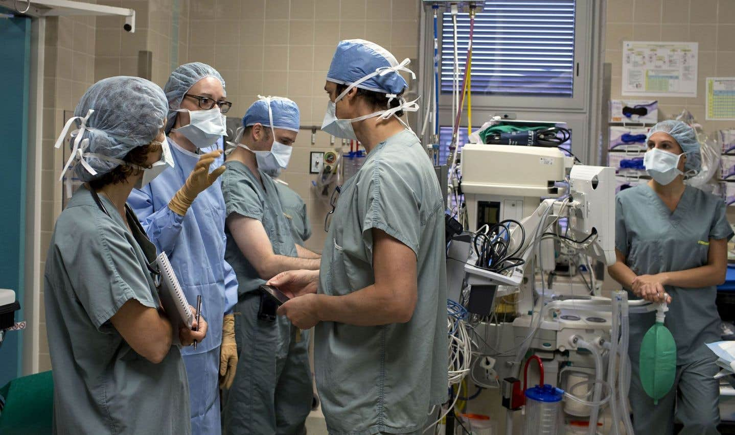 En juin dernier, le Collège des médecins, l'Ordre des infirmières et des infirmiers et l'Ordre des pharmaciens ont adopté une position commune sur la collaboration interprofessionnelle pour rehausser la qualité et la sécurité des soins.