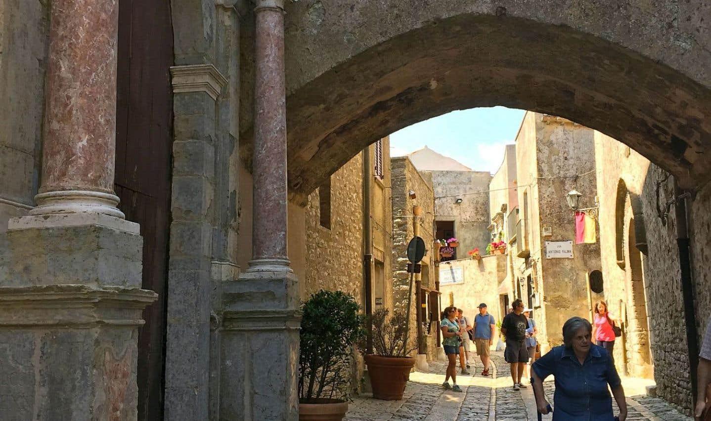 La Sicile, à la fois ouverte et secrète