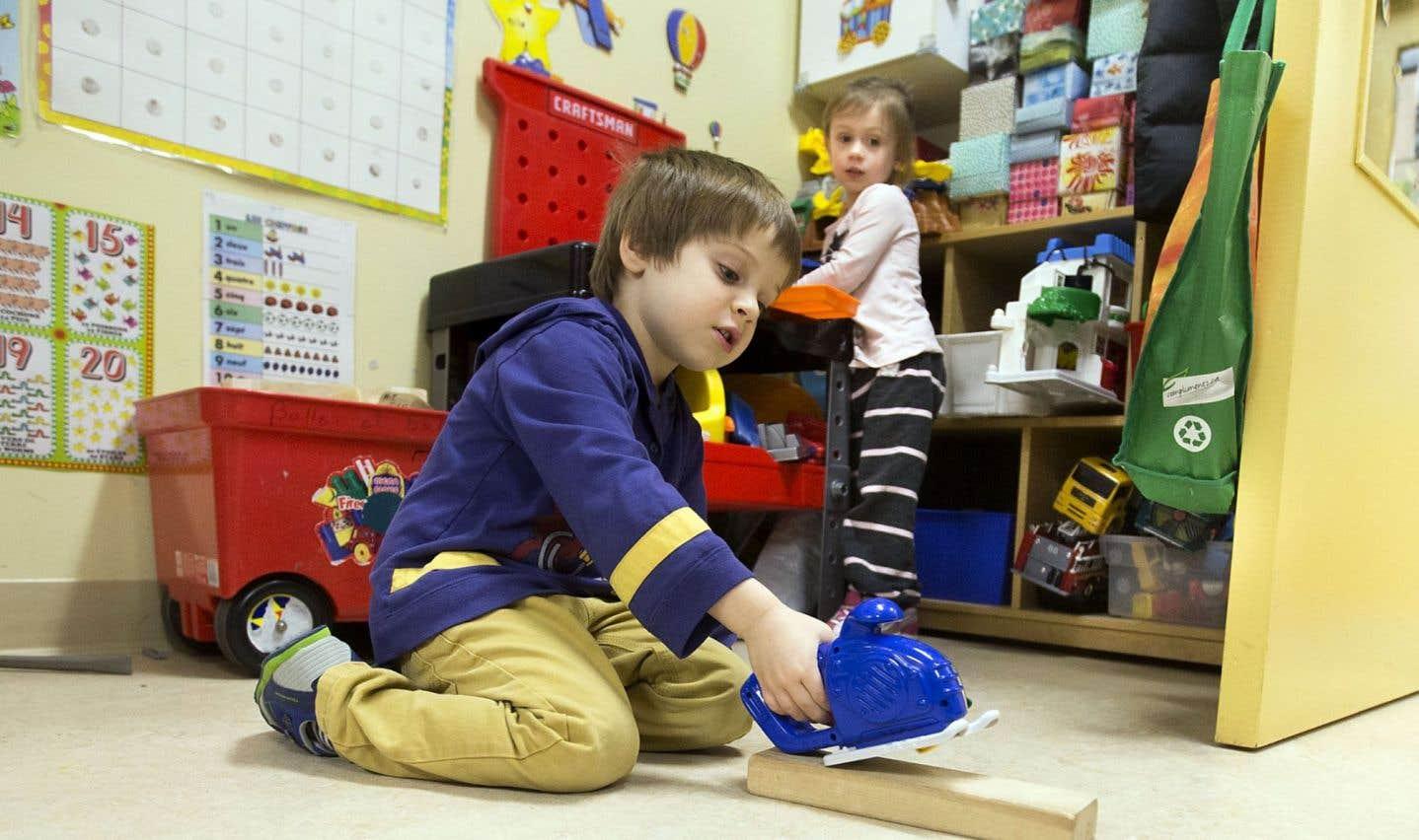 «À la CSN, ça fait des années qu'on réclame que les services de garde deviennent un service complémentaire faisant partie intégrante du programme de réussite éducative, rappelle la présidente de l'Association des services de garde en milieu scolaire du Québec (ASGEMSQ), Diane Miron.