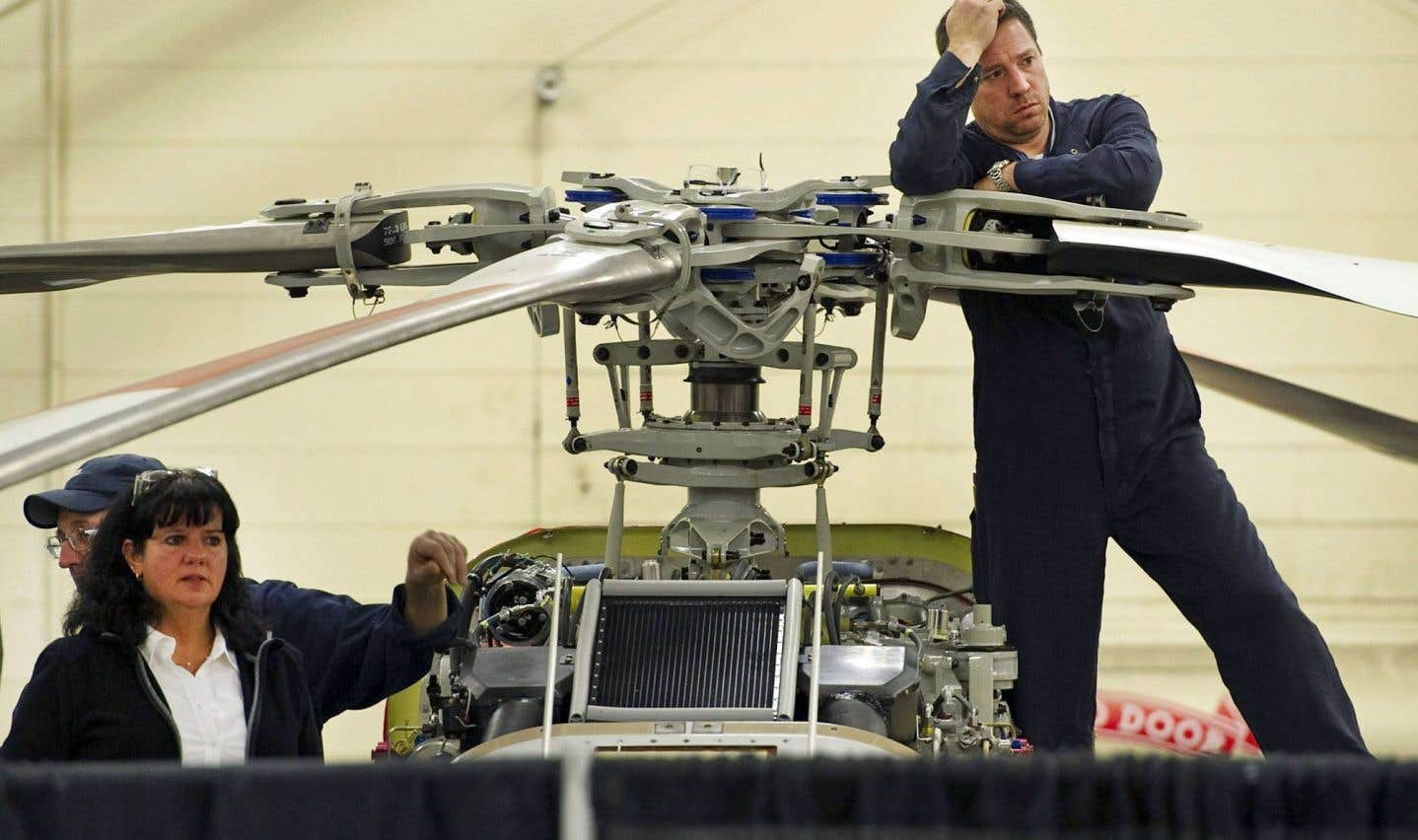 Depuis cinq ans, le nombre d'employés de Bell Helicopter à son usine de Mirabel est passé de 2000 à moins de 1000. Jeudi, la ministre de l'Économie, Dominique Anglade, s'est déplacée jusqu'à l'usine pour souligner l'embauche d'une centaine de travailleurs.