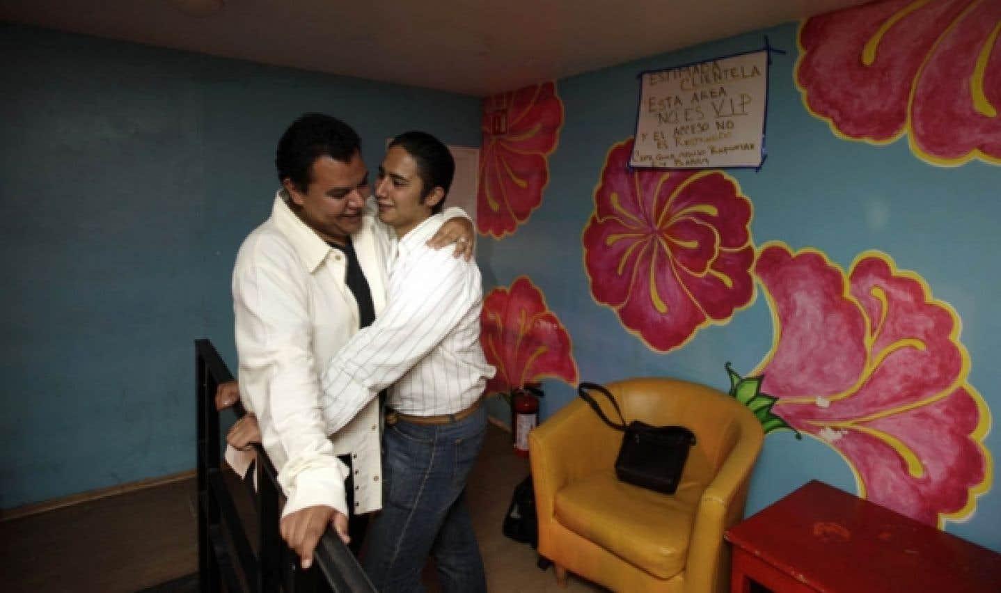 Une première en Amérique latine - Mexico autorise le mariage gai