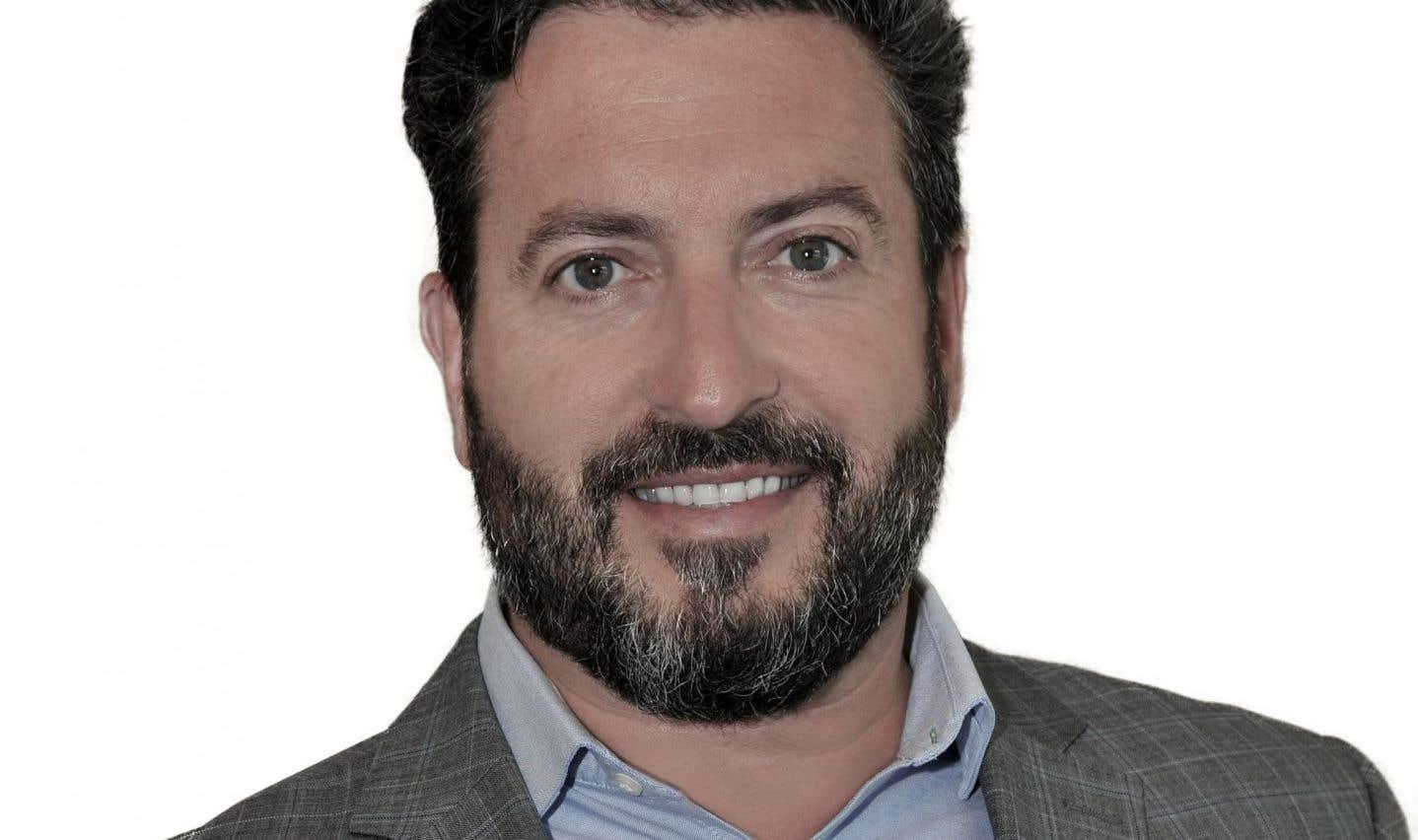 Le préfet de la MRC Rivière-du-Nord et maire de Saint-Hippolyte, M.Bruno Laroche, sera candidat pour la CAQ dans la circonscription de Saint-Jérôme.
