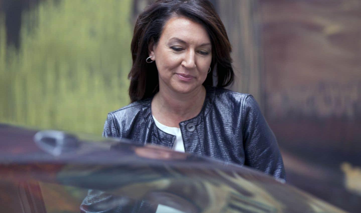 Nathalie Normandeau fait du spectacle, selon le ministre Gaétan Barrette