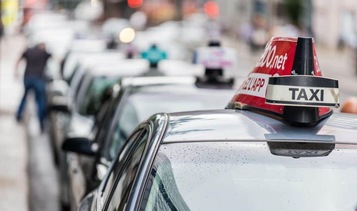 Uber: Québec dévoile les modalités