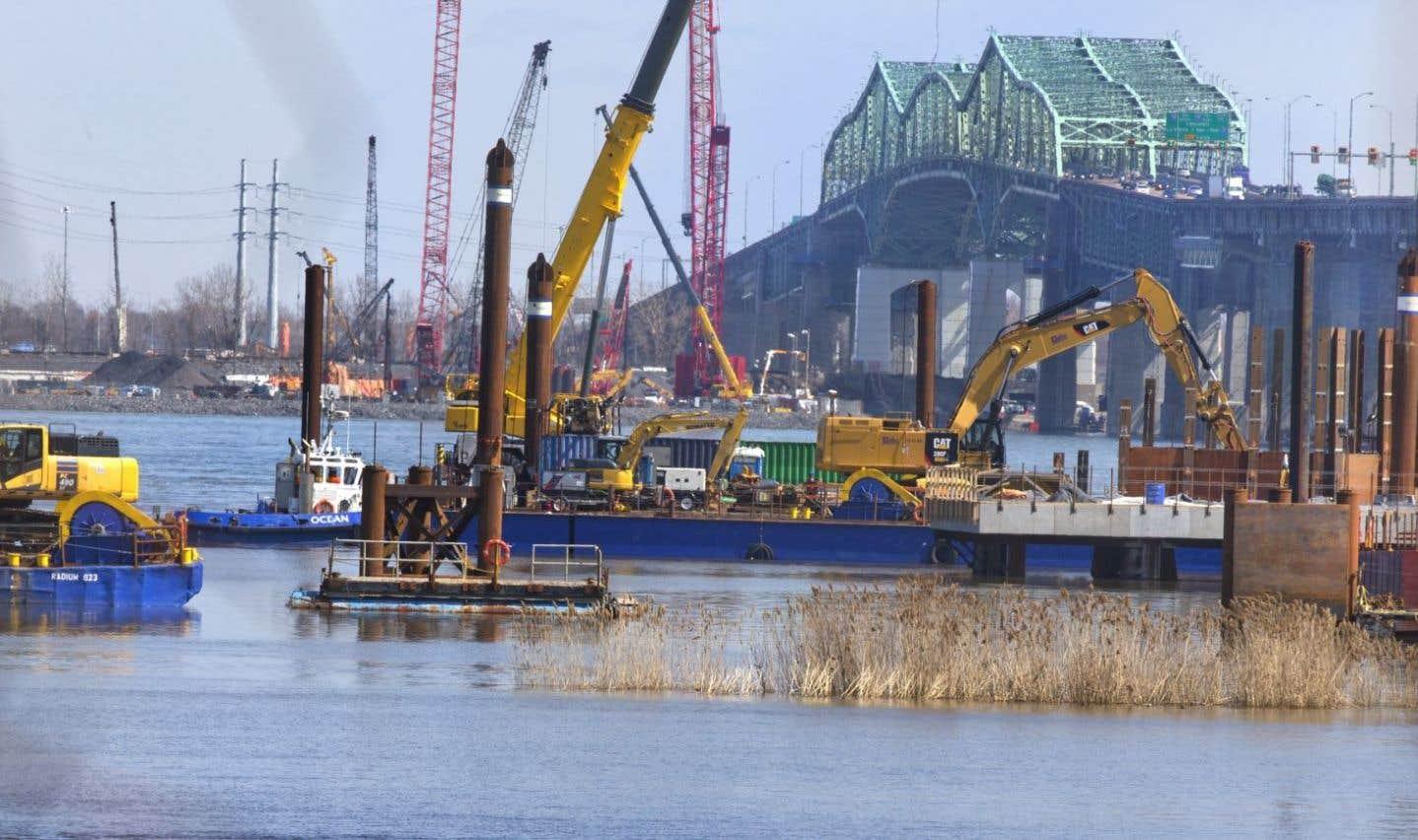 Ottawa invité à miser  sur les infrastructures et les investissements directs étrangers
