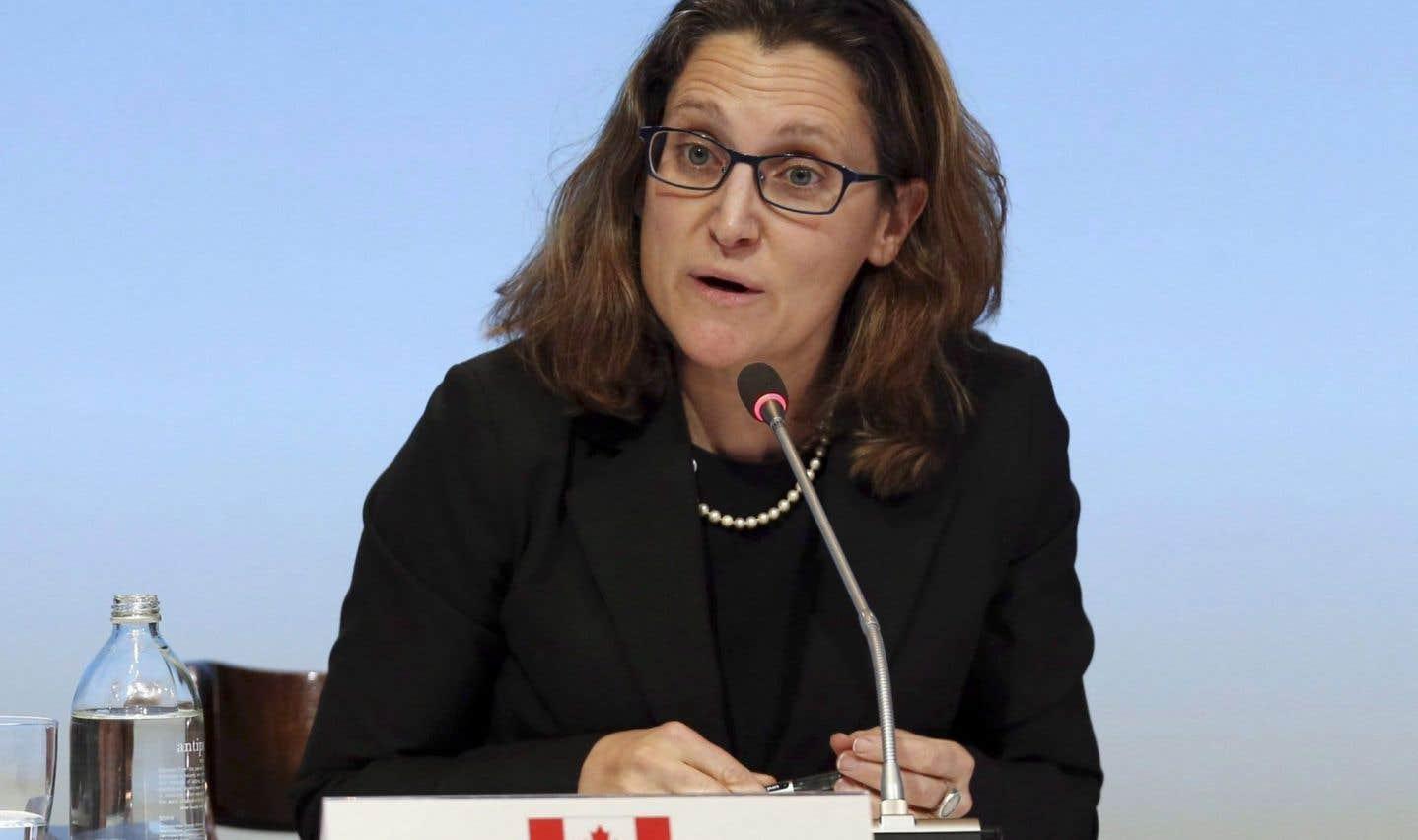 La ministre Freeland annonce l'échec de l'AECG