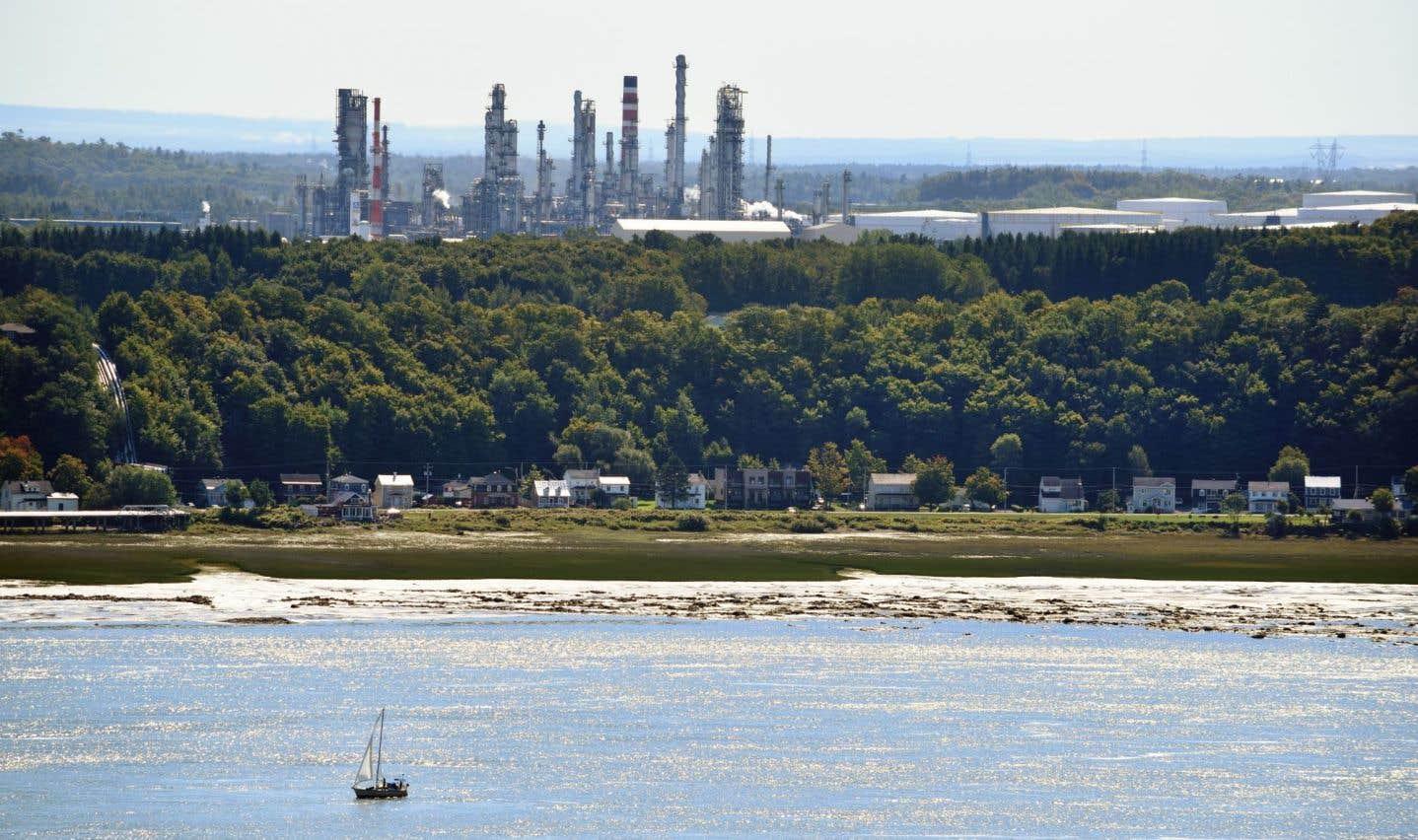 La raffinerie Valero, à Lévis, est la plus importante du Québec.