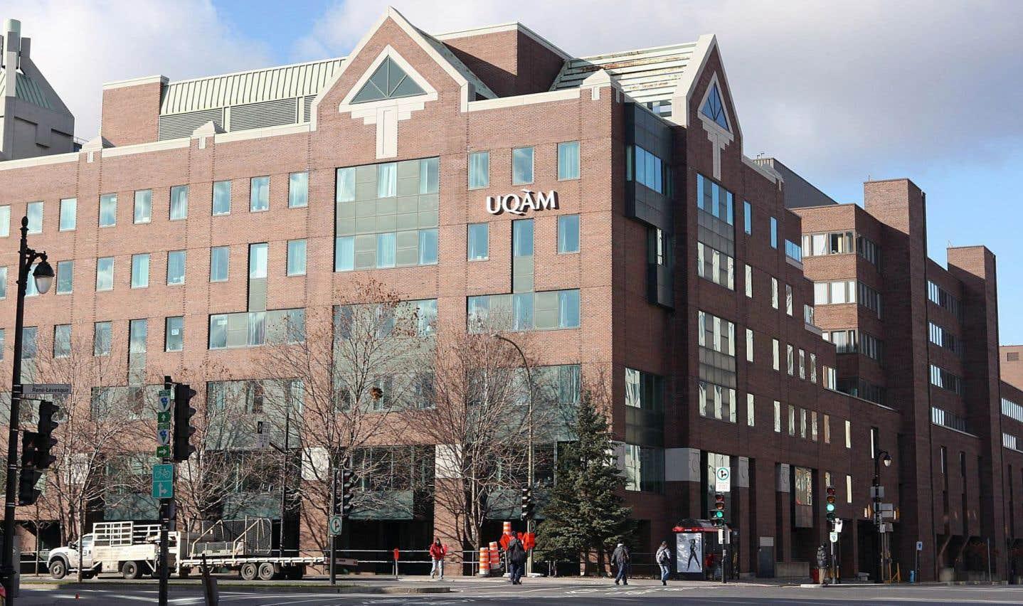 La présence en direct de l'UQAM sur les réseaux sociaux lors de sa journée portes ouvertes permettra aux futurs étudiants étrangers de découvrir l'université de manière plus dynamique.
