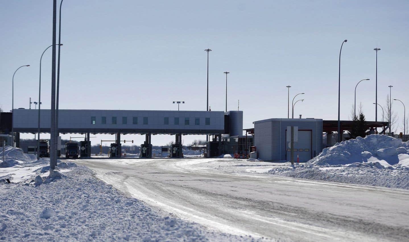 21 réfugiés ont tenté de franchir illégalement la frontière canado-américaine