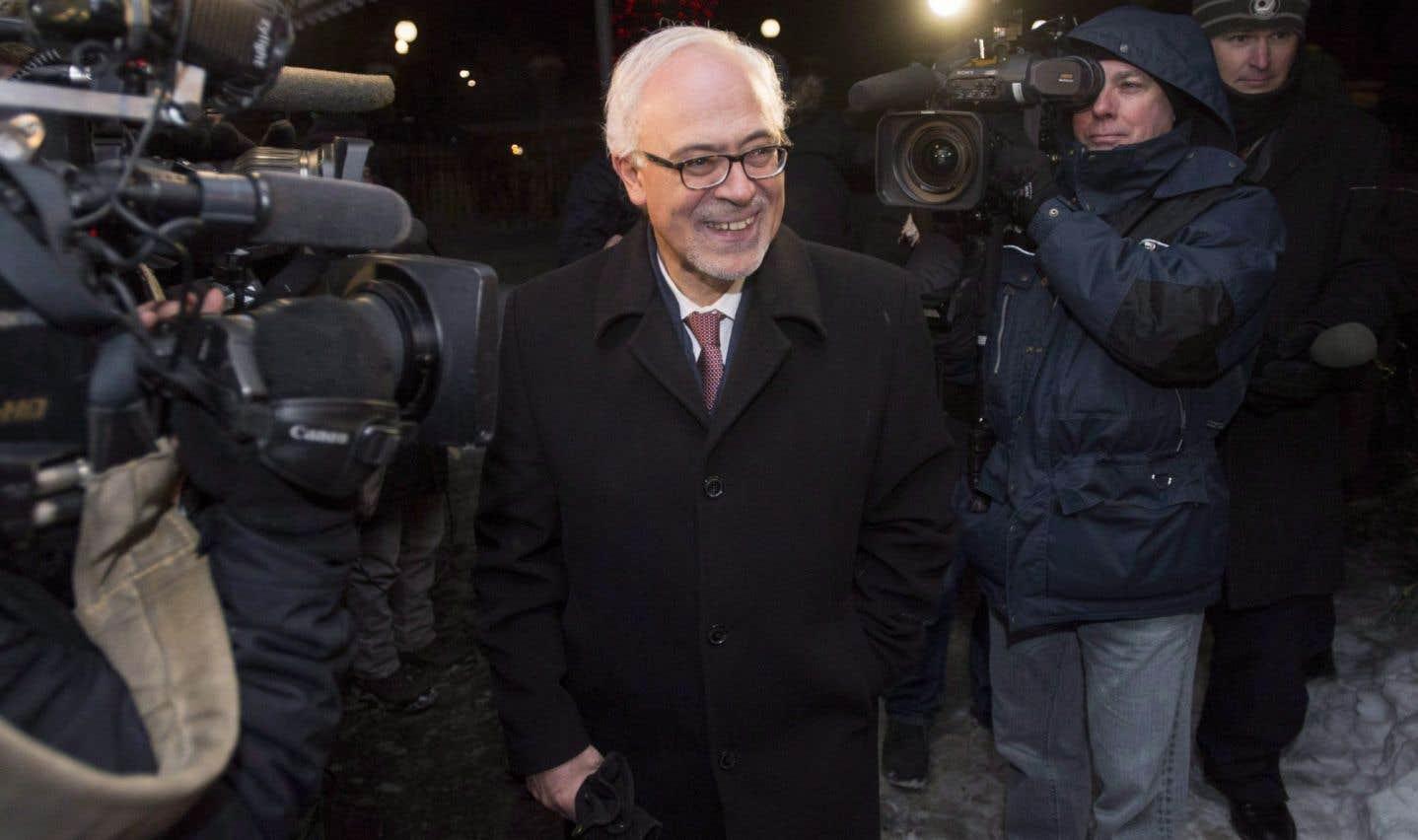 À l'issue de sa rencontre avec les économistes lundi, le ministre Leitão a affirmé à la presse que son budget serait prudent.
