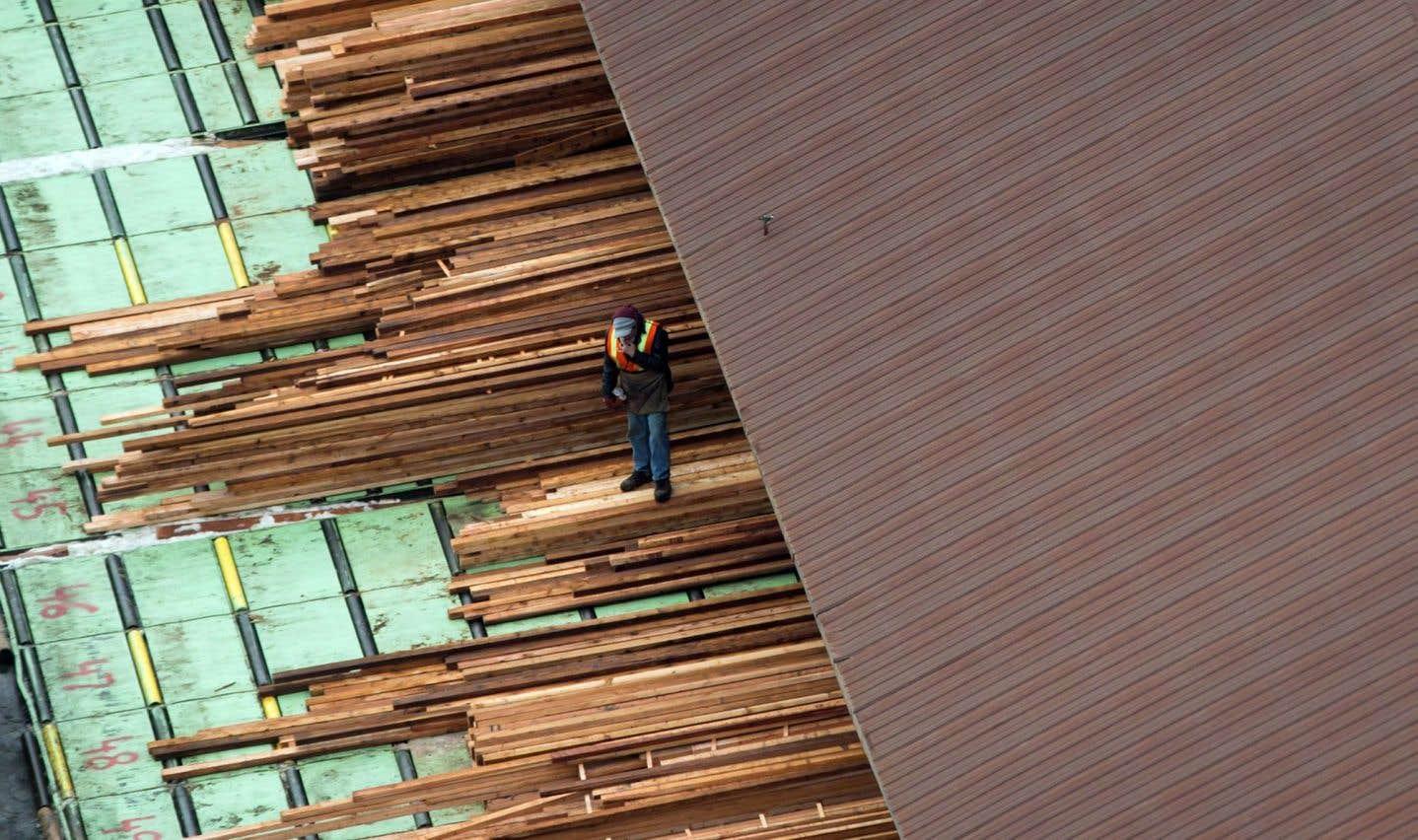 Ottawa crée un groupe de travail sur le bois d'oeuvre