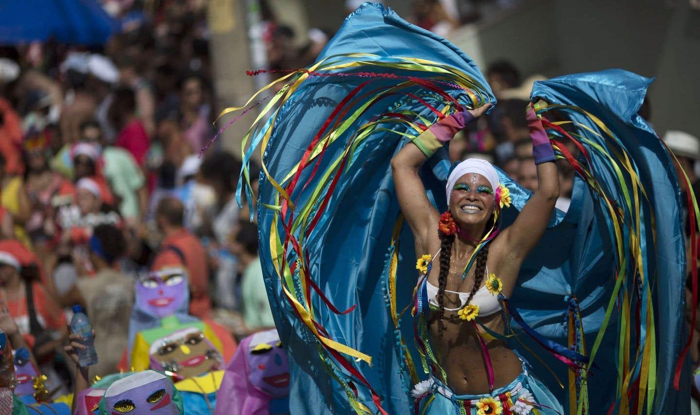 Le Carnaval de Rio pour oublier la crise