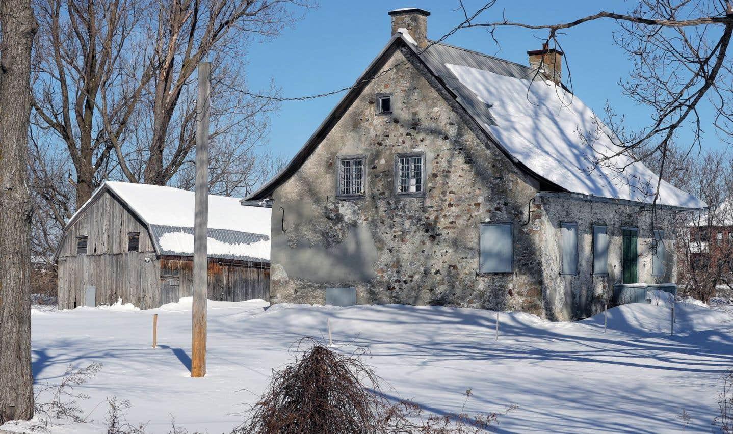 La maison Brossard résiste à l'envahisseur