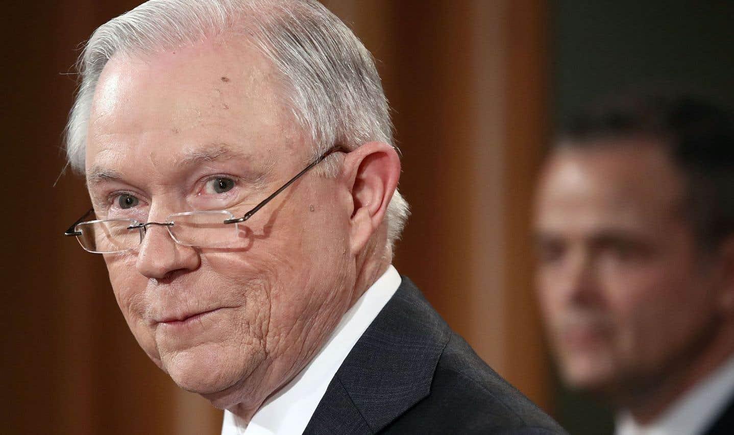 Jeff Sessions se retire de toute enquête sur la présidentielle